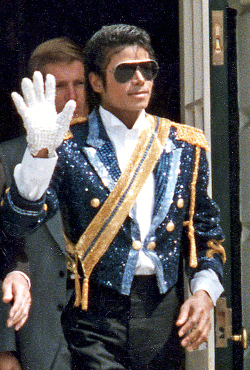 michael jackson king saluting